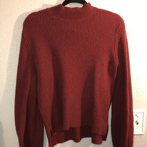 MAROON TURTLE NECK SWEATER